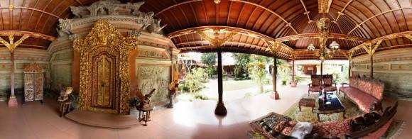 Ubud : dormir au palais d'Ubud. Voici la terrasse !